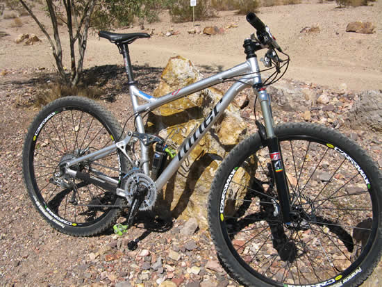 Niner RIP 9 29er Mountain Bike - Side View