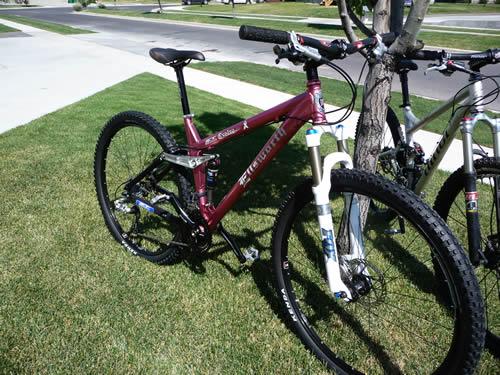 Ellsworth Evolve 29-er Mountain Bike