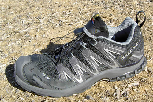 salmon running shoes reviews