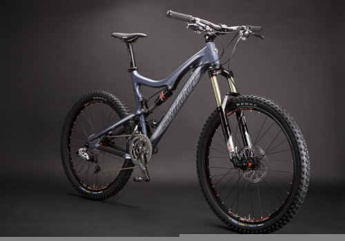 Santa Cruz Blur LT Carbon - The New Carbon-fiber Kid in Town!