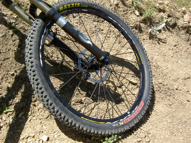 Maxxis Ignitor 2 35 Mountain Bike Tires Review