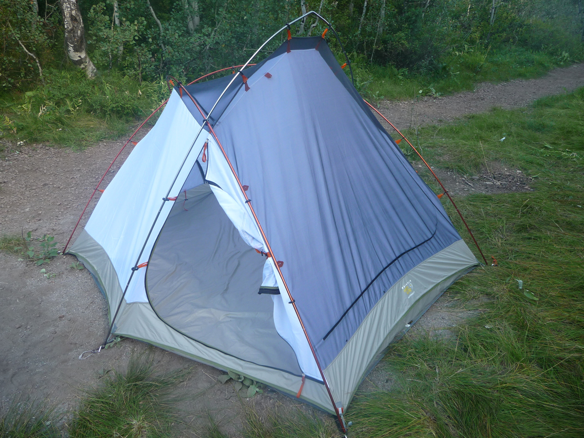 Dual-sided ... & Mountain Hardwear Hammerhead 3 Tent Review - FeedTheHabit.com