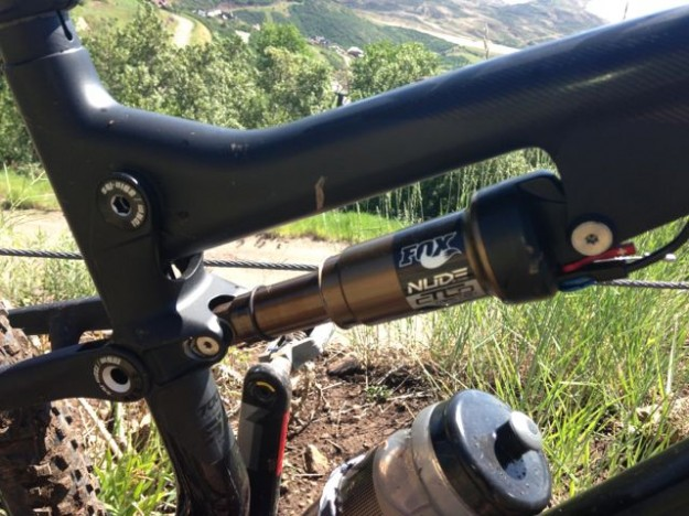 Scott Spark 700 SL Features Fox Nude Shock