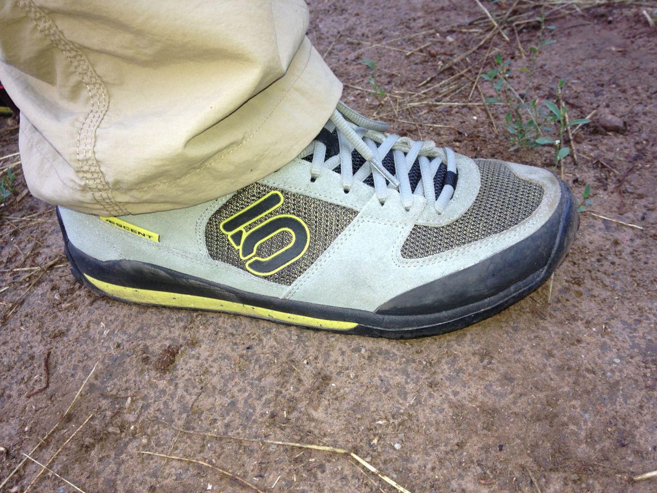 Five Ten Aescent Approach Shoes Review Feedthehabit Com