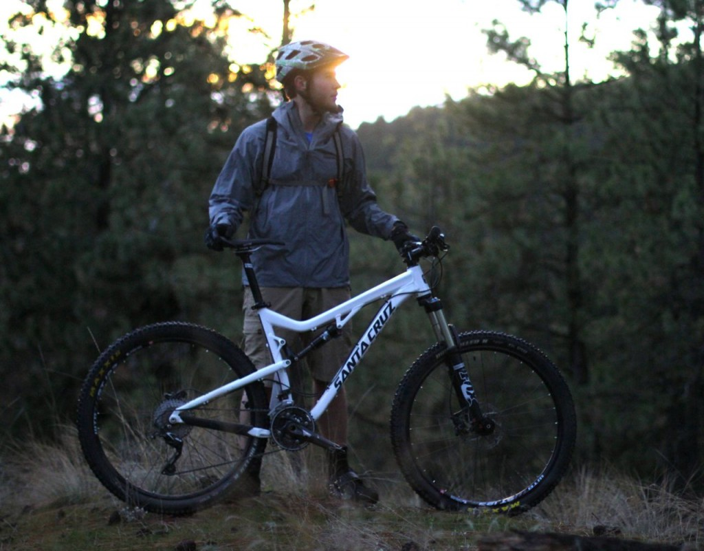 Kevin Glover tests the Santa Cruz 5010 Alloy