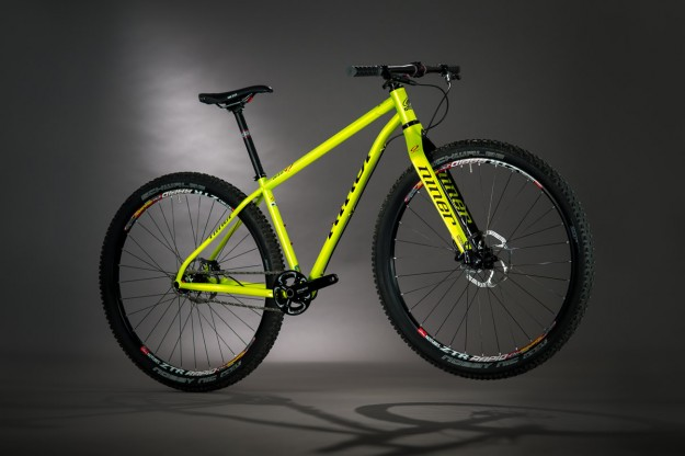 Niner Bikes SIR 9 in Blaze Yellow