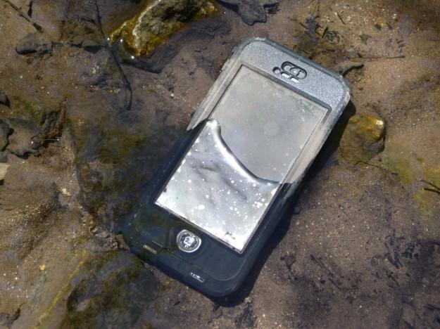 Lifeproof Nuud iPhone 5 Waterproof Case Review