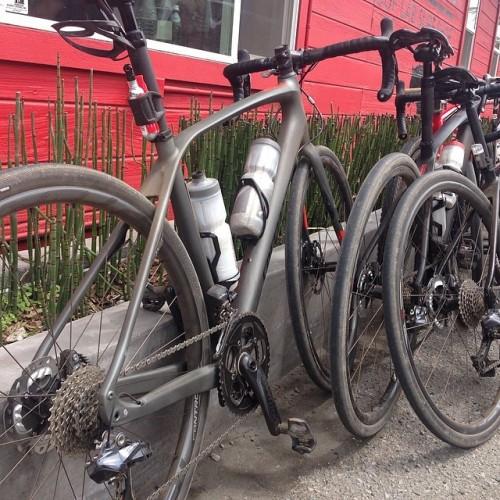 2015 Specialized Roubaix or Gravel Grinder?
