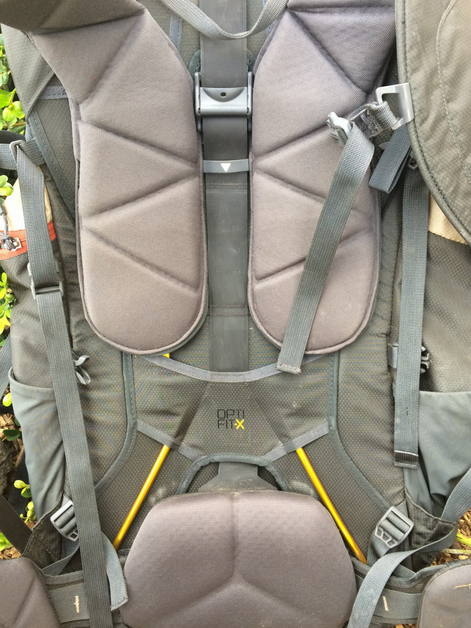 fcac0c54eee The North Face Conness 82 Backpack Review - FeedTheHabit.com