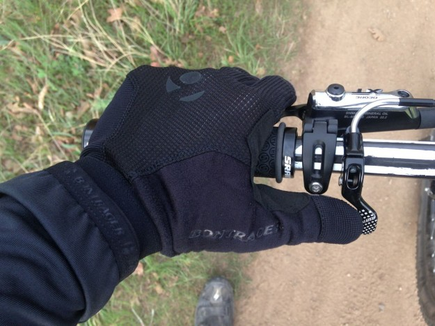 Shimano XT Disc Brake Lever Has a Wide Clamp