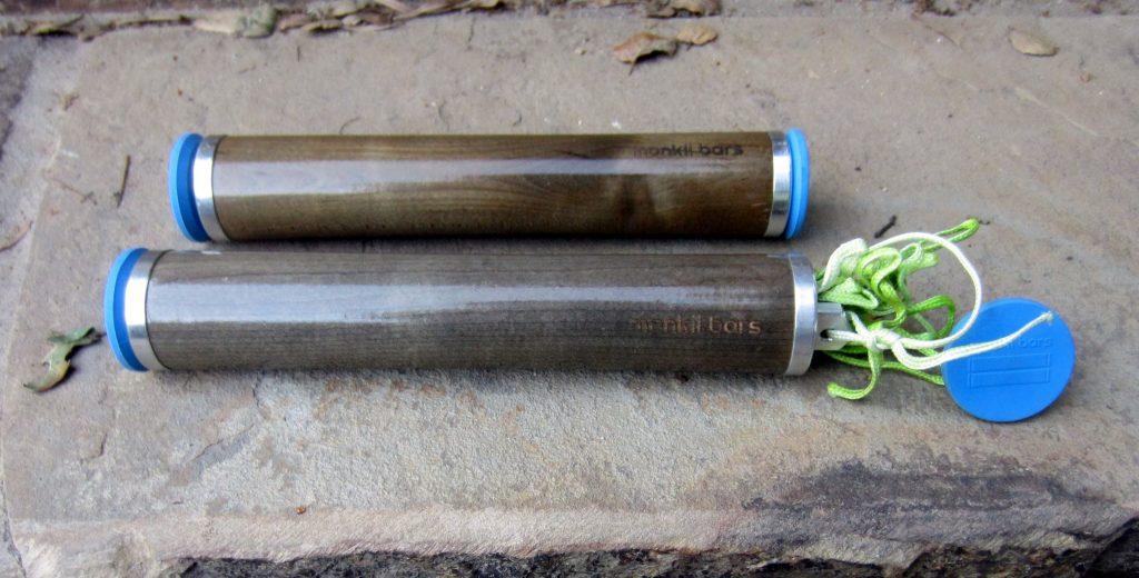 monkii bars line and plug