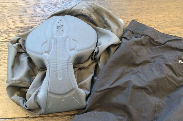 The included liner features an Italian-made chamois.
