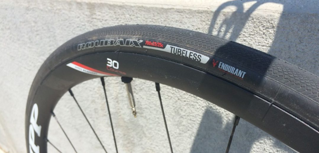 Specialized Roubaix 23 25 Road Tubeless Tires Review Feedthehabit Com