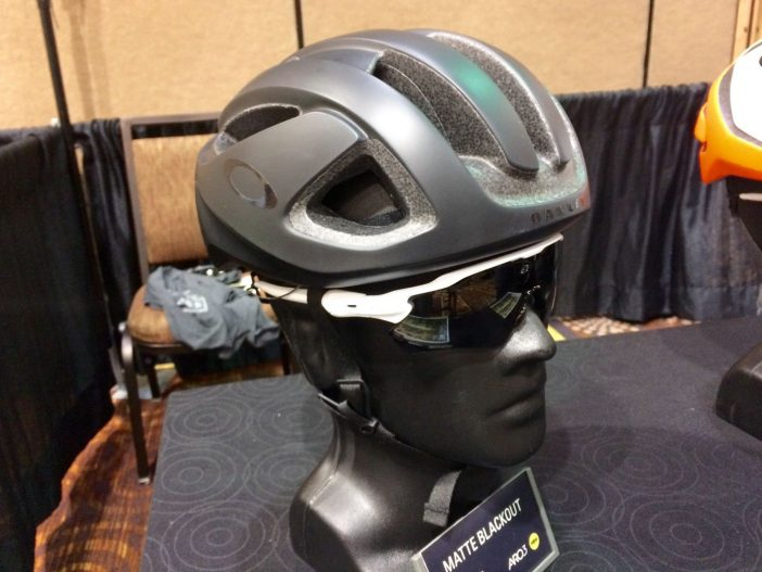 Oakley ARO3 Helmet Matte Black