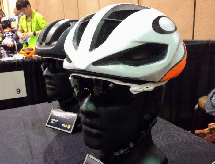Oakley ARO5 Helmet Neon Orange