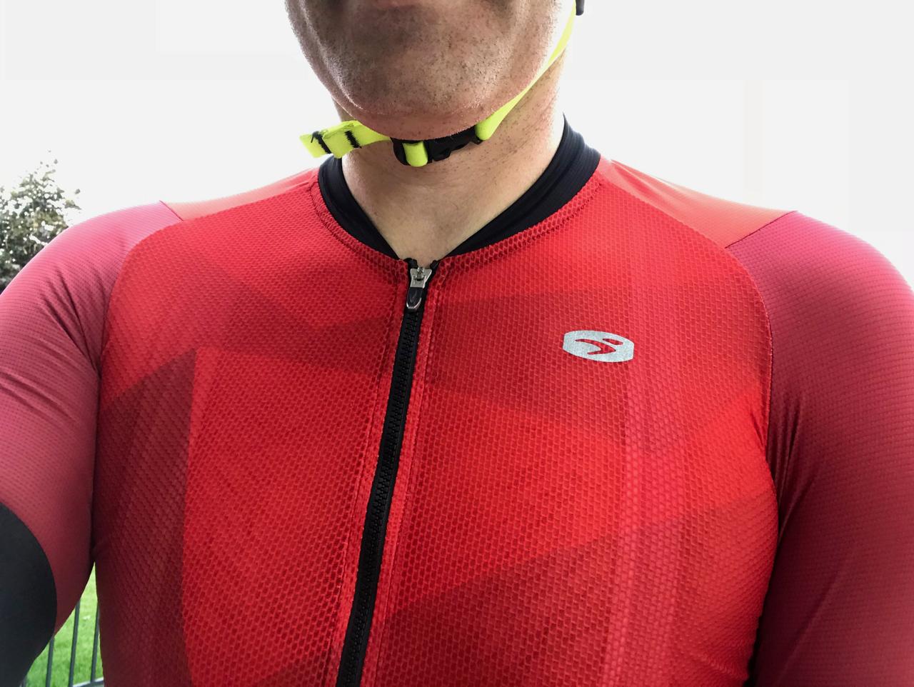 Sugoi RS Pro Climber s Jersey Review - FeedTheHabit.com d5109ec98