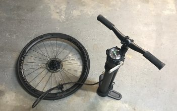 Blackburn Chamber Tubeless Floor Pump Review