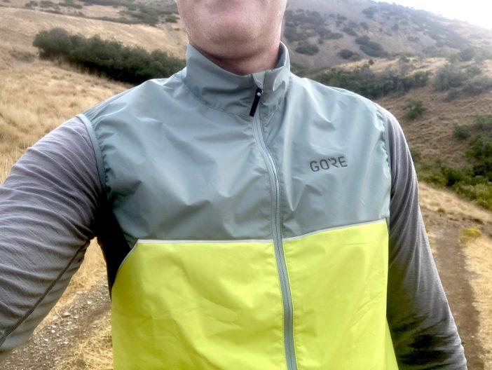 Gore R7 Partial Infinium Running Vest Review - Collar Close-up
