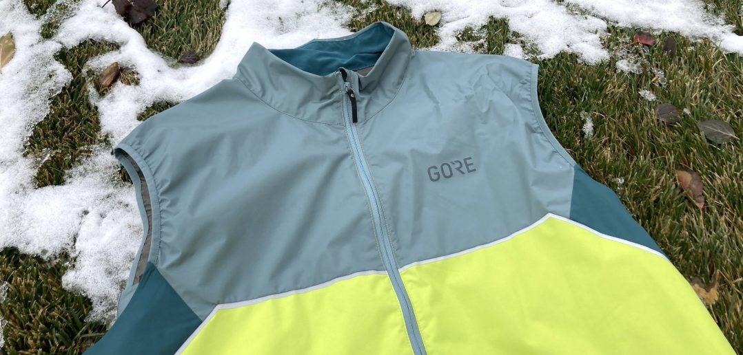 Gore R7 Partial Infinium Running Vest Review - Hero Shot