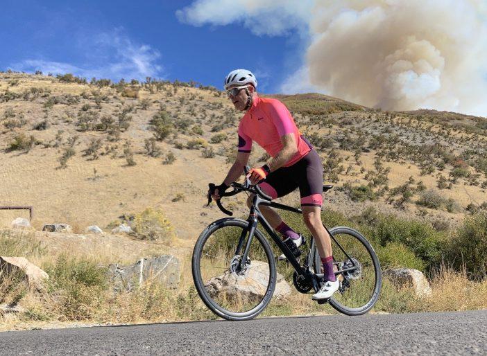 Wahoo ELEMNT ROAM - Climbing Dry Canyon