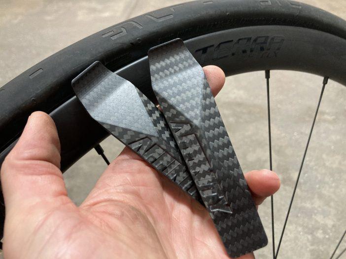 Affinity Cycles Premium Carbon Fiber Tire Levers Review