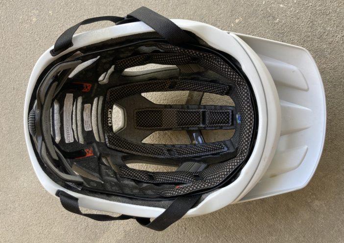 Giro Manifest Spherical MIPS Helmet Review - Liner